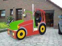 Kinderbett selber bauen traktor  Traktor Trecker Bett Kinderbett DIY | zeigherdeinkinderzimmer ...