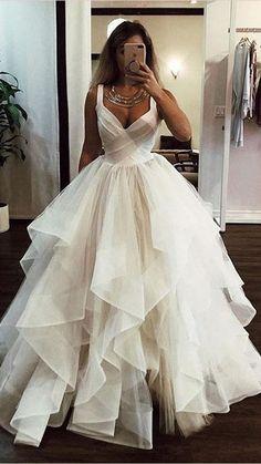 V Neck Wedding Dress, Princess Wedding Dresses, Long Wedding Dresses, Boho Wedding Dress, Bridal Dresses, Wedding Ball Gowns, Party Wedding, Wedding Signs, Wedding Gown Ballgown