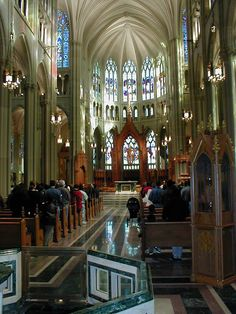 Basilica of the Assumption (St Mary's Cathedral) - Covington KY (photo by Barry Grossheim)