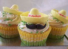 The Mexican Cupcake Hat Dance- I copied the decorations for the BF's 30th bday fiesta.. they turned out super cute! I used my churro cupcake recipe with these decorations. Yummy Treats, Sweet Treats, Yummy Food, Mexican Cupcakes, Mustache Cupcakes, Mustache Party, Party Fiesta, Taco Party, Baby Shower Desserts