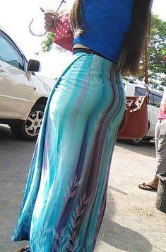 Beautiful Long Dresses, Beautiful Asian Girls, Beautiful Women, Burmese Girls, Dress Skirt, Maxi Skirts, Asian Beauty, Girl Fashion, Mac