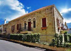 Love those old houses من أحلى بيوت #لبنان By Jack Sakabedoyan - Jack Sakabedoyan  #Lebanon #WeAreLebanon