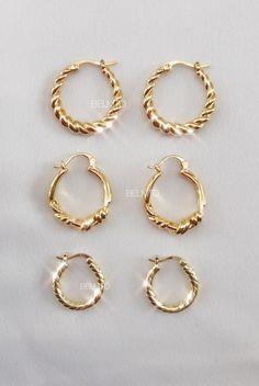 Ear Jewelry, Cute Jewelry, Gold Jewelry, Jewelry Accessories, Jewelry Design, Gold Bar Earrings, Gold Coin Necklace, Stylish Jewelry, Fashion Jewelry