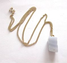 VINTAGE 50 s GLASS AGATE PENDANT GOLD TONE CHAIN NECKLACE - BOXED