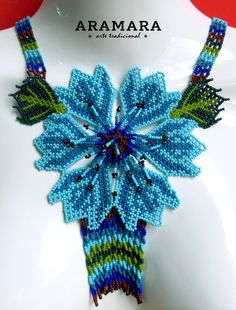 Lenght inches cms) The Huichol represent one of the few remaining indigenous cultures left in Mexico. Flower Necklace, Crochet Necklace, Beaded Necklace, Diy Jewelry, Beaded Jewelry, Art Perle, Art Du Fil, Leis, Gauche