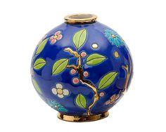"""Vase Boule Minuit """"Fleur bleue"""", création Therese d'Encausse pour Faïenceries et Emaux de Longwy"""