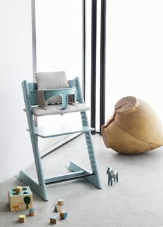 The Stokke Tripp Trapp Chair - Project Nursery Chaise Haute Stokke, Chaise Haute Design, Stokke High Chair, Tripp Trapp Chair, Wooden High Chairs, Baby Chair, Amazon Baby, Project Nursery, Nursery Ideas