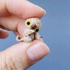 This mini owl is hand-crocheted from cotton yarn and stuffed with non-allergic fiberfill. Owl will arrive to you packed in a gift-bag. Owl is about 2.5 cm tall= 1 inch. You can move its head, arms and legs. Very cute addition to your dollhouse and a nice gift for doll's and miniature's collectors or anyone who loves cute things. Amigurumi Toys, Hand Crochet, Cool Toys, Dollhouse Miniatures, Best Gifts, Owl, Doll House Miniatures, Owls, Quilts