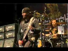 Black Label Society live @ Graspop Metal Meeting 2011 (Pro Shot Full Concert) The full 4 songs from the Pink Floyd reunion at live 8 on July 2 2005.  David Gilmour,Roger Waters,Rick Wright, and Nick Mason reunite after 24 years for the Live 8 benefit concert.