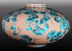 Glazes For Pottery, Ceramic Pottery, Pottery Art, Pottery Workshop, Clay Vase, Kintsugi, Pottery Designs, Ceramic Decor, Porcelain Vase