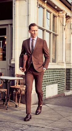 Tom Hiddleston showing us how to wear that brown suit