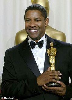 Denzel Washington, ganador del Oscar como mejor actor protagónico en el 2002 por la la película Training Day. Nació en 1954 y tiene 61 años de edad.