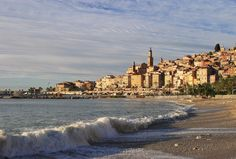 Menton, a sleepy town on the edge of the Côte d'Azur with marked Italian influences. When staying at the Quality Hotel in Menton, you can enjoy a lovely view from the panoramic bar. #France #Menton #Quality Booking Link: http://www.choicehotels.fr/en/quality-hotel-mediterranee-menton-menton-hotel-fr374?promo=icpinfr374