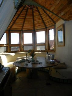 All I can think is how amazing that window seat would be as part of a rocket stove! Instant heated seats :) love it!