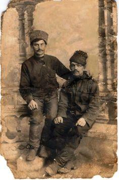 Албум сећања на наше претке из Првог светског рата  Braca Reljin, Zarko i Branko iz Mokrina u Odesi 1916..