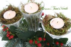 Quattro toni di verde: #natalealverde...SI ACCENDONO I BICCHIERI! Candeliere centro tavola, home-made with love... Natural Christmas, Center Table, Made Goods, Shades Of Green, Candlesticks, Light Up, Sconces, Merry, Victorian