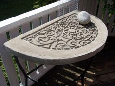 concrete 1/2 table