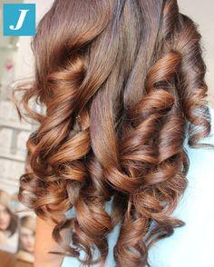 Avvolgenti sfumature _ Degradé Joelle #cdj #degradejoelle #tagliopuntearia #degradé #igers #musthave #hair #hairstyle #haircolour #longhair #ootd #hairfashion #madeinitaly #wellastudionyc