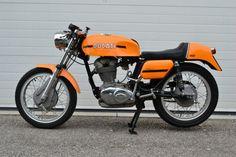1971 Ducati 450 Mk3 Desmo L Side
