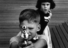 William Klein :: Gun n.3, NYC, 1954