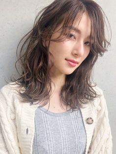 Medium Hair Styles, Bordeaux, Hair Color, Hairstyle, Lady, Beautiful, Women, Hair Job, Hair Style