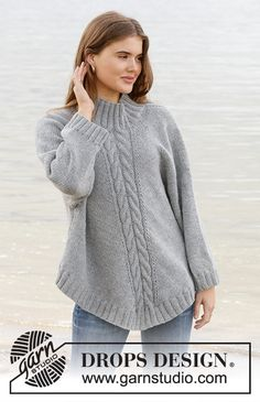Northern exposure / DROPS - free knitting patterns by DROPS design . Northern exposure / DROPS - free knitting patterns by DROPS design Knitted poncho sweater with raglan . Knitting Terms, Knitting Patterns Free, Free Knitting, Free Pattern, Crochet Patterns, Poncho Knitting Patterns, Poncho Pullover, Poncho Sweater, Knitted Poncho