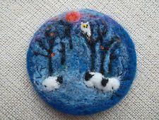 Needle felted brooch handmade wool  home decoration gift OOAK  spilla di lana