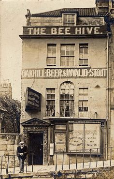 The Beehive, Lansdown road, Bath, as it looked a century ago British Shop, England Houses, Bath Somerset, Bath Uk, Vintage Photo Album, Old Pub, Pub Signs, Georgian Homes, Mystery Of History