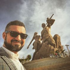 190 ton #bakir 25 milyon dolar ve 8 sene sonuc #afrika nin en #yuksek #heykel i #ronesans #abide si... #dakar #senegal #highest #statue of #africa le #monument de la #renaissance #cooper #statue #afrique #art #architecture #city #family #slavery #sehir #sky #gokyuzu by aozer