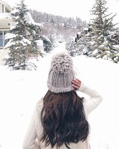 it, a shopping discovery app that allows you to instantly shop your favorite influencer pics across social media and the mobile web. Snow Photography, Photography Poses Women, Levitation Photography, Exposure Photography, Abstract Photography, Mode Au Ski, Extra Petite Blog, Shotting Photo, Winter Instagram