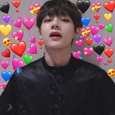 Emoji Pictures, Meme Pictures, Reaction Pictures, Bts Meme Faces, Funny Faces, Bts Emoji, Seokjin, Bts Face, Heart Meme