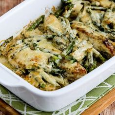 These keto casserole recipes are so easy to make! Now I have so many keto casseroles that make the best keto dinners! Which low carb keto casserole idea are you going to make this week? These make ahead keto meals are perfect for busy weeknights! Diet Dinner Recipes, Keto Dinner, Diet Recipes, Cooking Recipes, Chicken Asparagus, Asparagus Recipe, Asparagus Casserole, Cauliflower Casserole, Broccoli Gratin