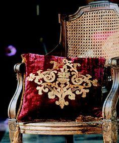 velvet pillow...the best so far. Love this.