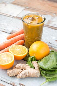 Spicy Energy Juice // Juice Detox Recipes on www. rosalieruardy . com  #juicedetox #recipe #healthy #juicing #reboot #drinks #summer