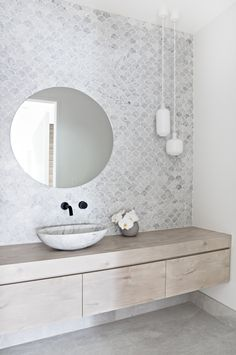 Take a look at a number of bathroom styles as you dream up your own personal master bathroom renovations. Tips, tricks, and lots of fresh, fun, and functional bathroom design suggestions are in your fingertips. Bad Inspiration, Bathroom Inspiration, Bathroom Ideas, Bathroom Renovations, Bathroom Organization, Bathroom Inspo, Bathroom Styling, Cloakroom Ideas, Remodel Bathroom