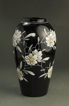 pottery painting ideas A Fine Chinese Qing Dynasty Black Glaze Vase, flowers painted on the body, well design shape, good condition; Painted Glass Vases, Painted Pots, Pottery Painting Designs, Pottery Art, Ceramic Painting, Ceramic Art, Vase Noir, Wine Bottle Art, Black Vase