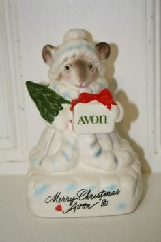 VINTAGE AVON 'Merry Christmas 1980' porcelain figurine MINT $12.50