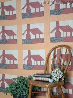 Fabulous GIFT IDEA! Vintage 30s School House or Cottage QUILT Schoolhouse
