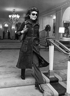 March 2, 1971: Jackie at Claridge's in London.