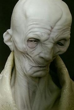 "16. There is strong evidence to suggest that Snoke is actually Darth Plagueis. | 30 Things You Definitely Missed In ""The Force Awakens"""