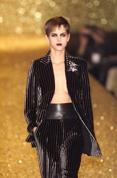Gai Mattiolo at Milan Fashion Week Fall 2001 - Runway Photos