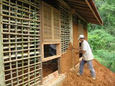 Mud and bamboo walls Bamboo Building, Natural Building, Building A House, Wattle And Daub, Bamboo House Design, Earthship Home, Mud House, Tiny House, Eco Buildings