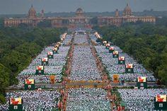Una vista aérea del evento en Nueva Delhi. Foto: APCelebración del Dia Internacional del Yoga