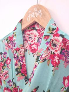 Our super soft floral kimono robes are perfect for you and your bridesmaids to wear while getting ready on the day of the wedding! Choose from floral patterns i