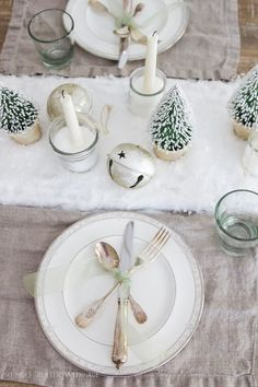 Christmas Tour 2016 - Dining Room and DIY Snowy Centrepiece