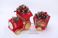 Discover recipes, home ideas, style inspiration and other ideas to try. Diy Crafts For Gifts, Hobbies And Crafts, Crafts For Kids, Christmas Candy, Christmas Crafts, Christmas Ornaments, Candy Flowers, Paper Flowers, Edible Crafts