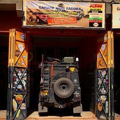 defender garage (1080×1080)