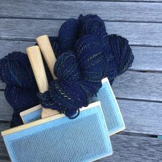 Want to start spinning? Maggie Casey has you covered! Register for any of her workshops and you'll be off to a great spinning start! Yarn Thread, You Are Perfect, Yarn Crafts, Yarns, How To Introduce Yourself, Fiber Art, Spinning, Weaving, Wool