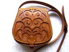 Taska Leather Carving, Leather Art, Leather Pouch, Leather Purses, Leather Shoulder Bag, Leather Handbags, Tooled Leather, Leather Tooling Patterns, Leather Pattern