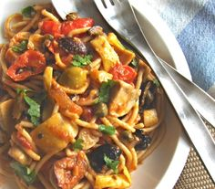 """""""First Date"""" Pasta--an easy, delicious dish even a non-cook can make to impress! Vegan, easily gluten-free, whole foods ingredients."""